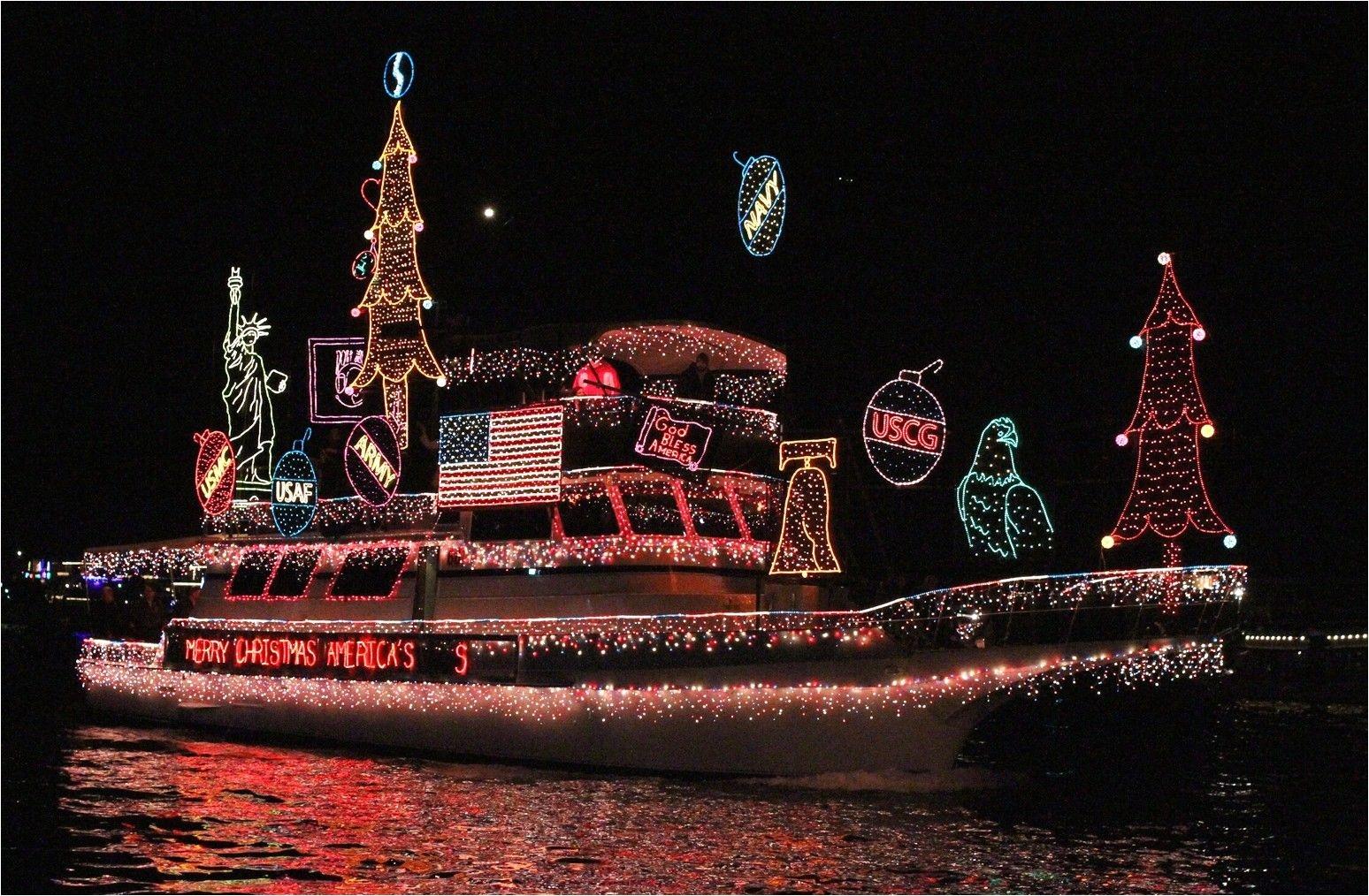 christmas boat paradenewport beach photo by jim collins
