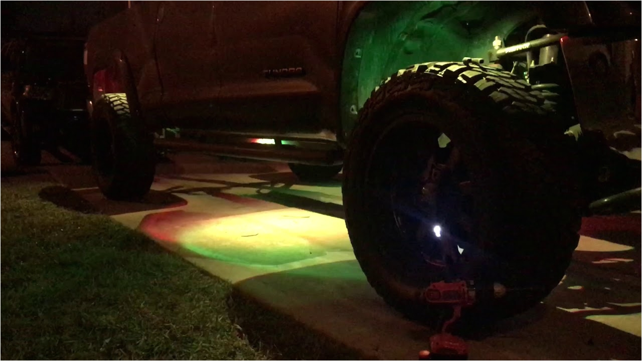 2016 toyota tundra rock lights