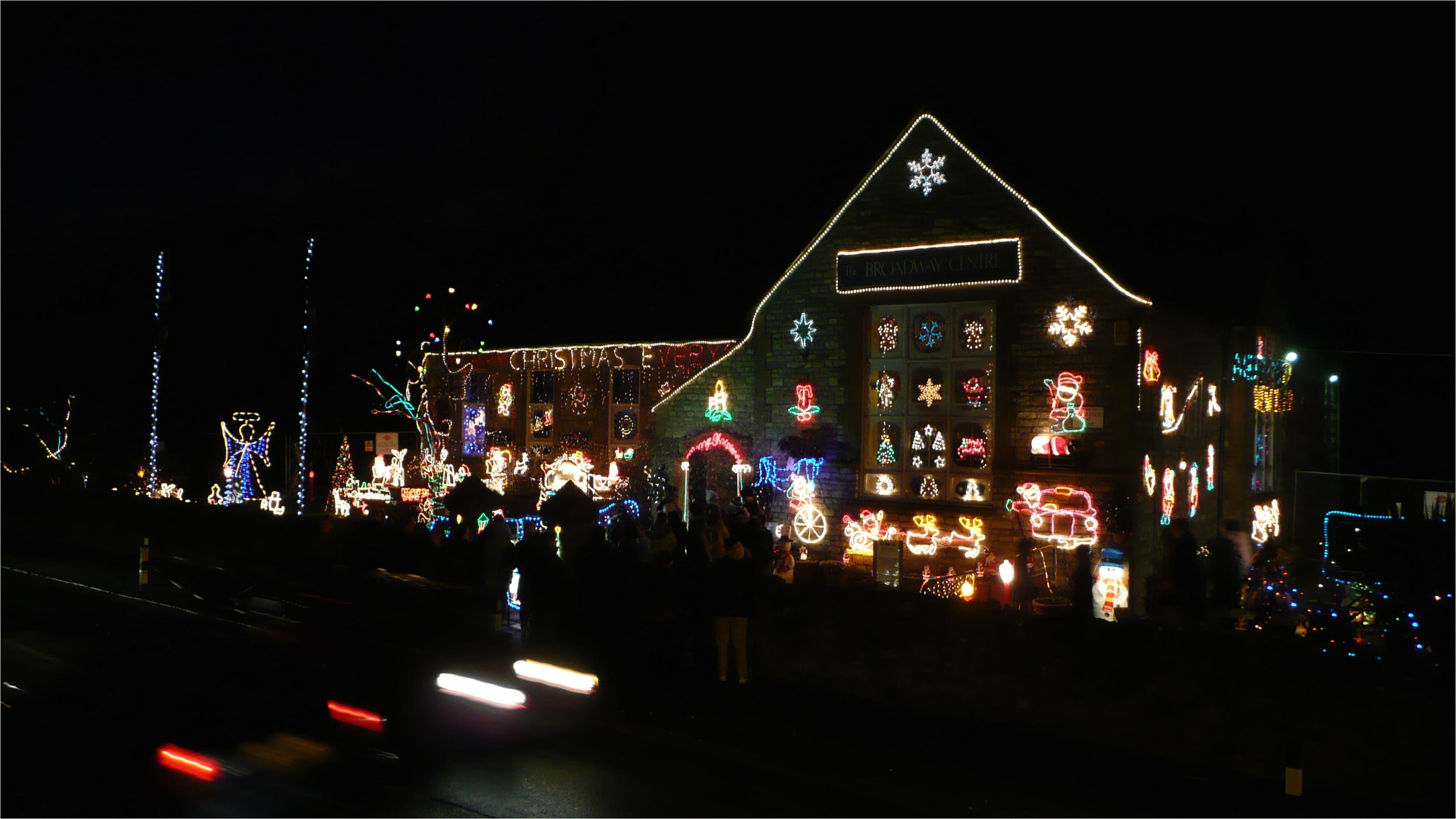 filesandown broadway centre christmas lights jpg