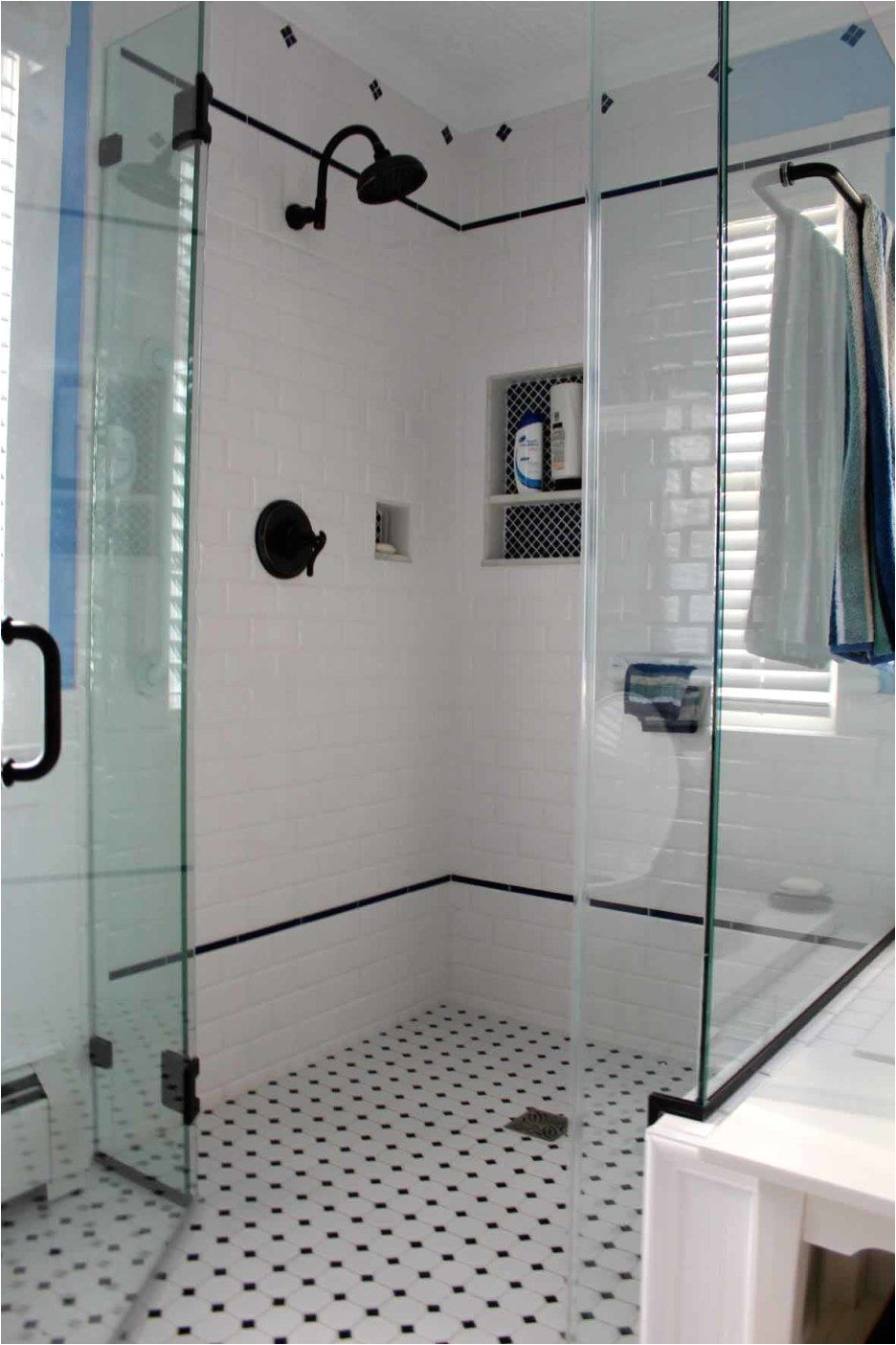 Bathroom Tiled Shower Design Ideas Bathroom White and Black Diamond Mosaic Tile Floor for Shower with