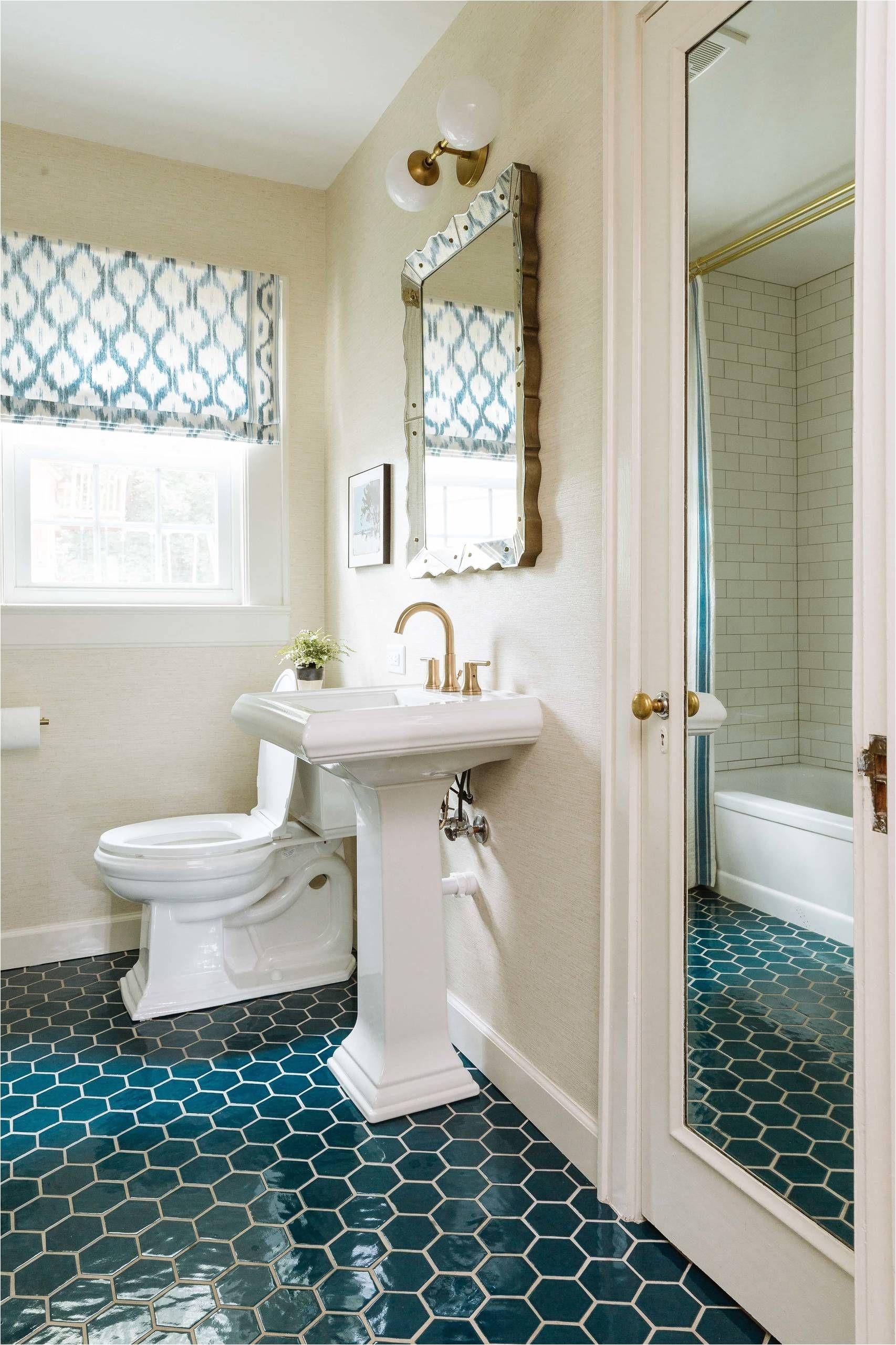 42 Chic Design Ideas to Rejuvenate Your Master Bathroom chic design ideas to rejuvenate your master bathroom