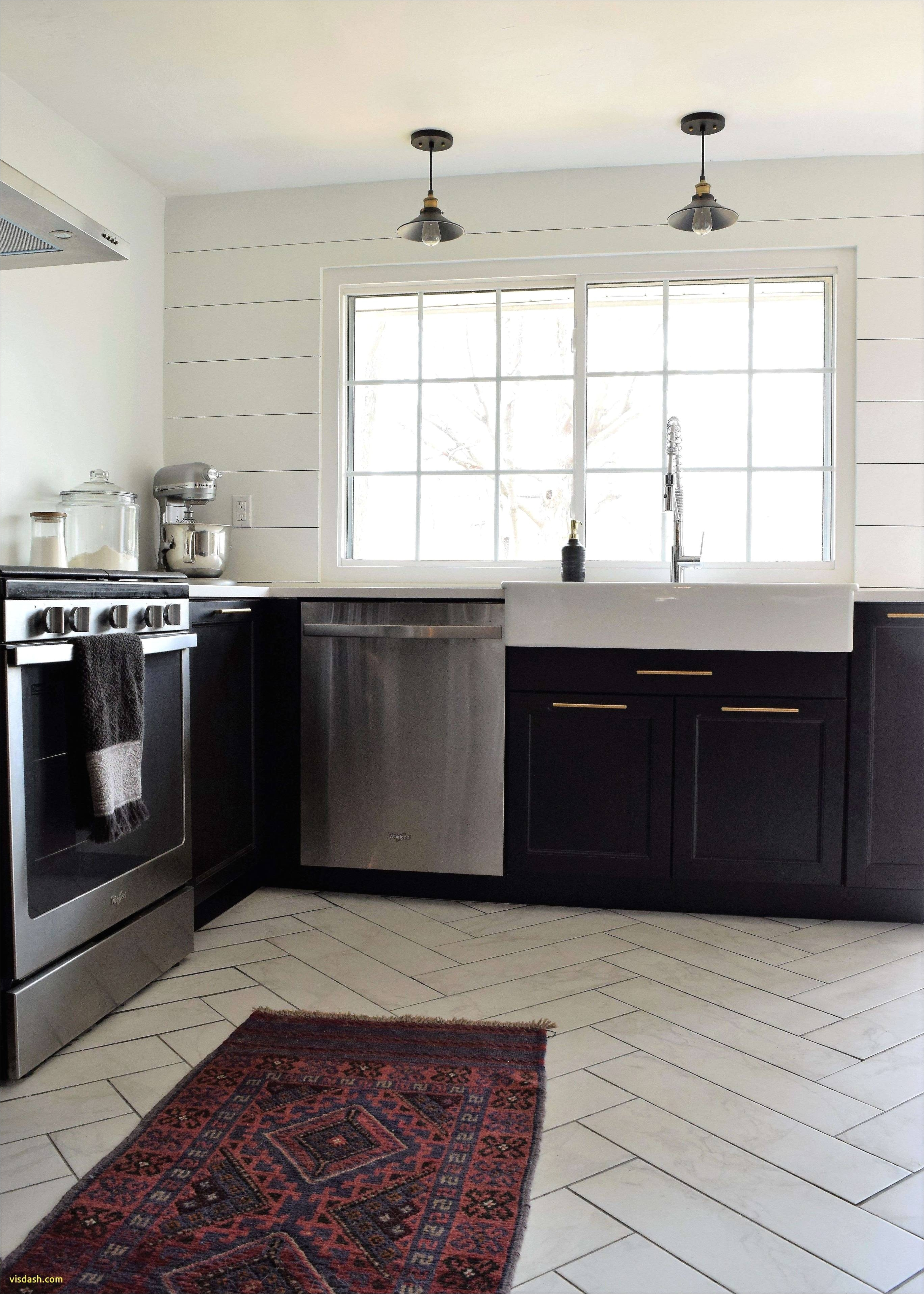 Cream Kitchen Cabinets 10 Cream Kitchen Cabinets with Glass Backsplash Favorite