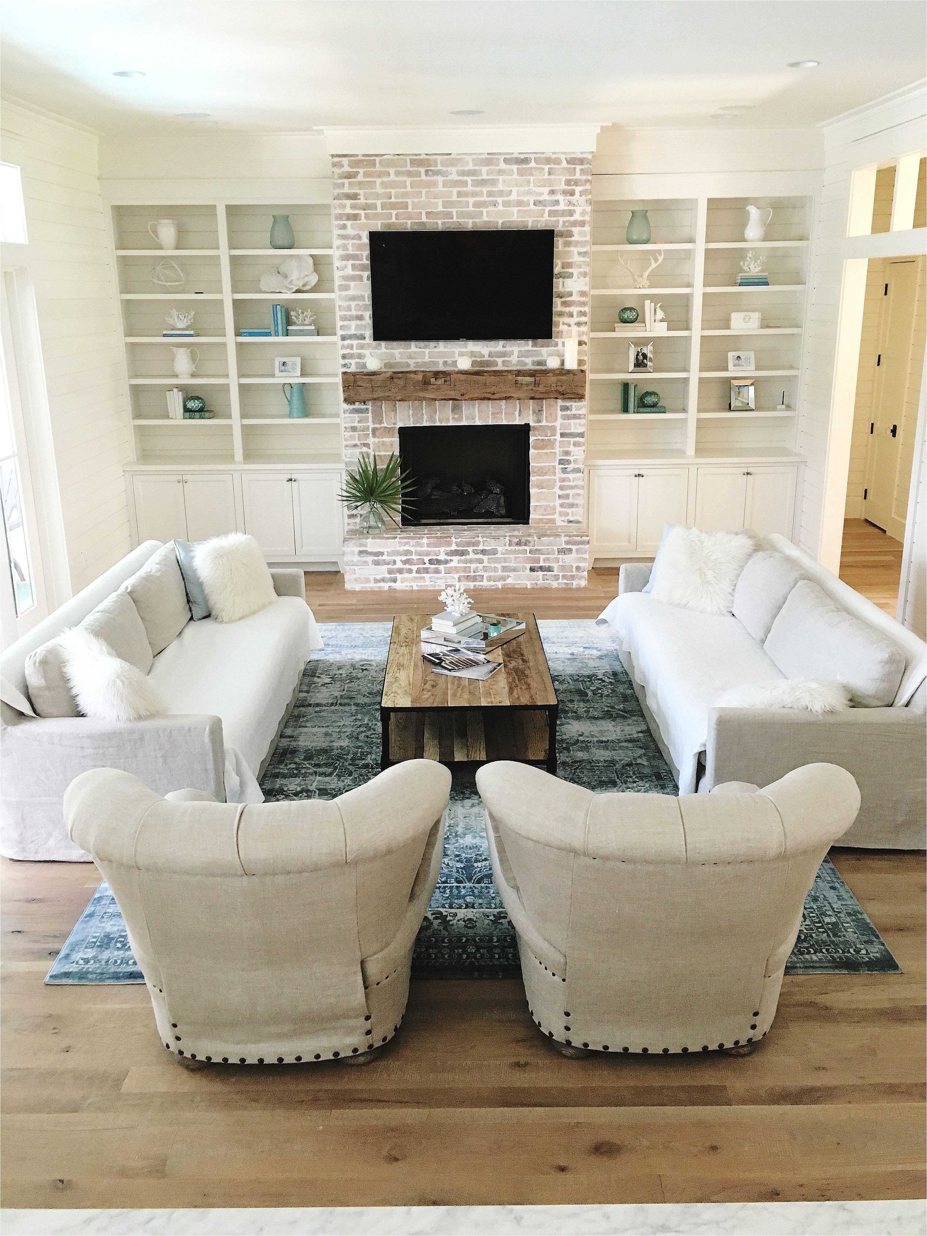 Living Room Bookshelf Decorating Ideas 10 Unique Living Room Shelves