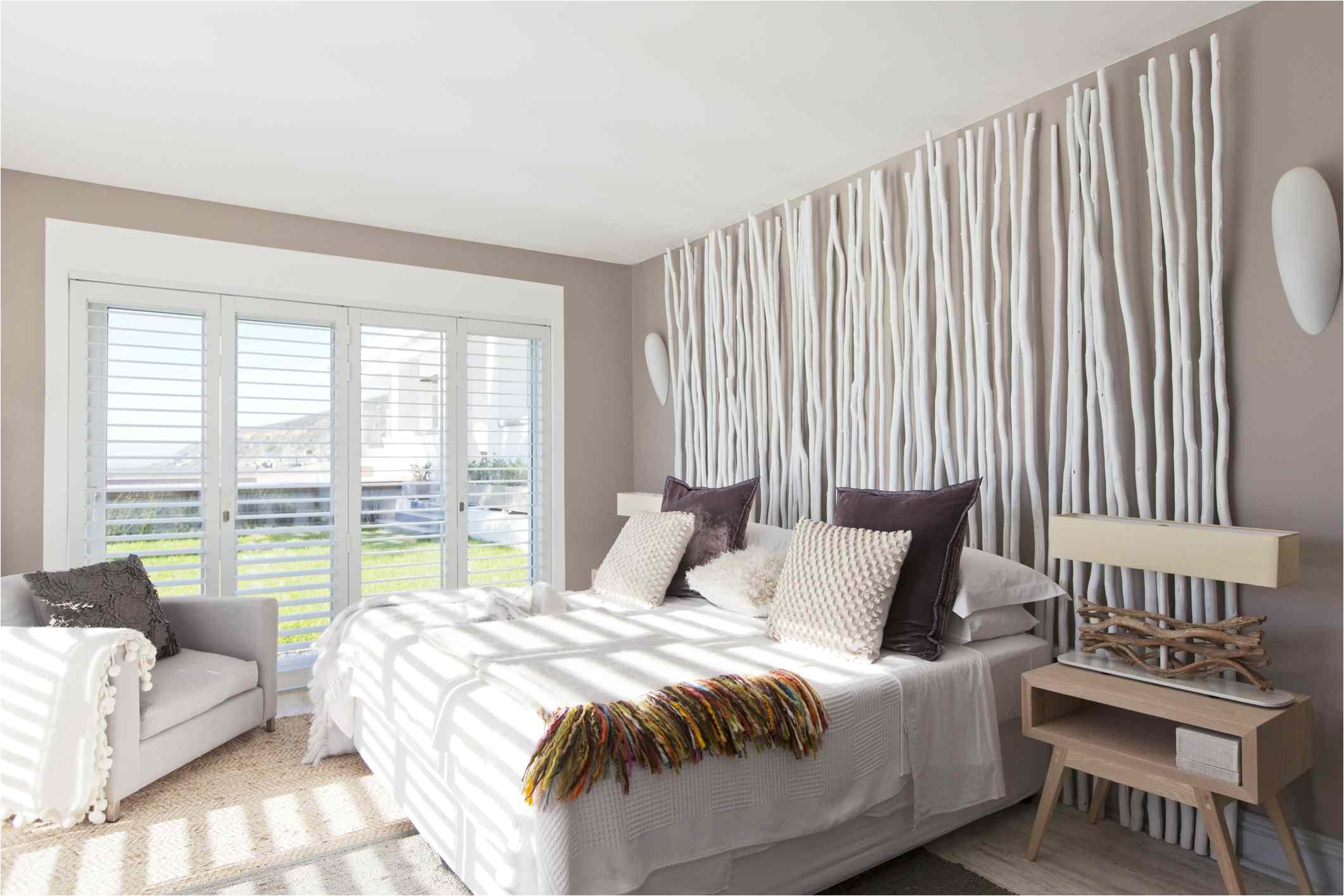 Neutral Guest Bedroom Getty 57e862a43df78c690f d