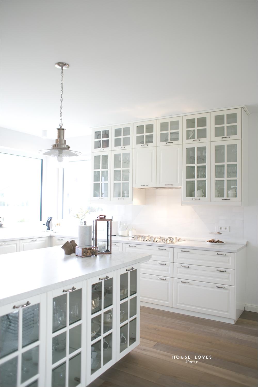 white ny style ikea bodbyn kitchen