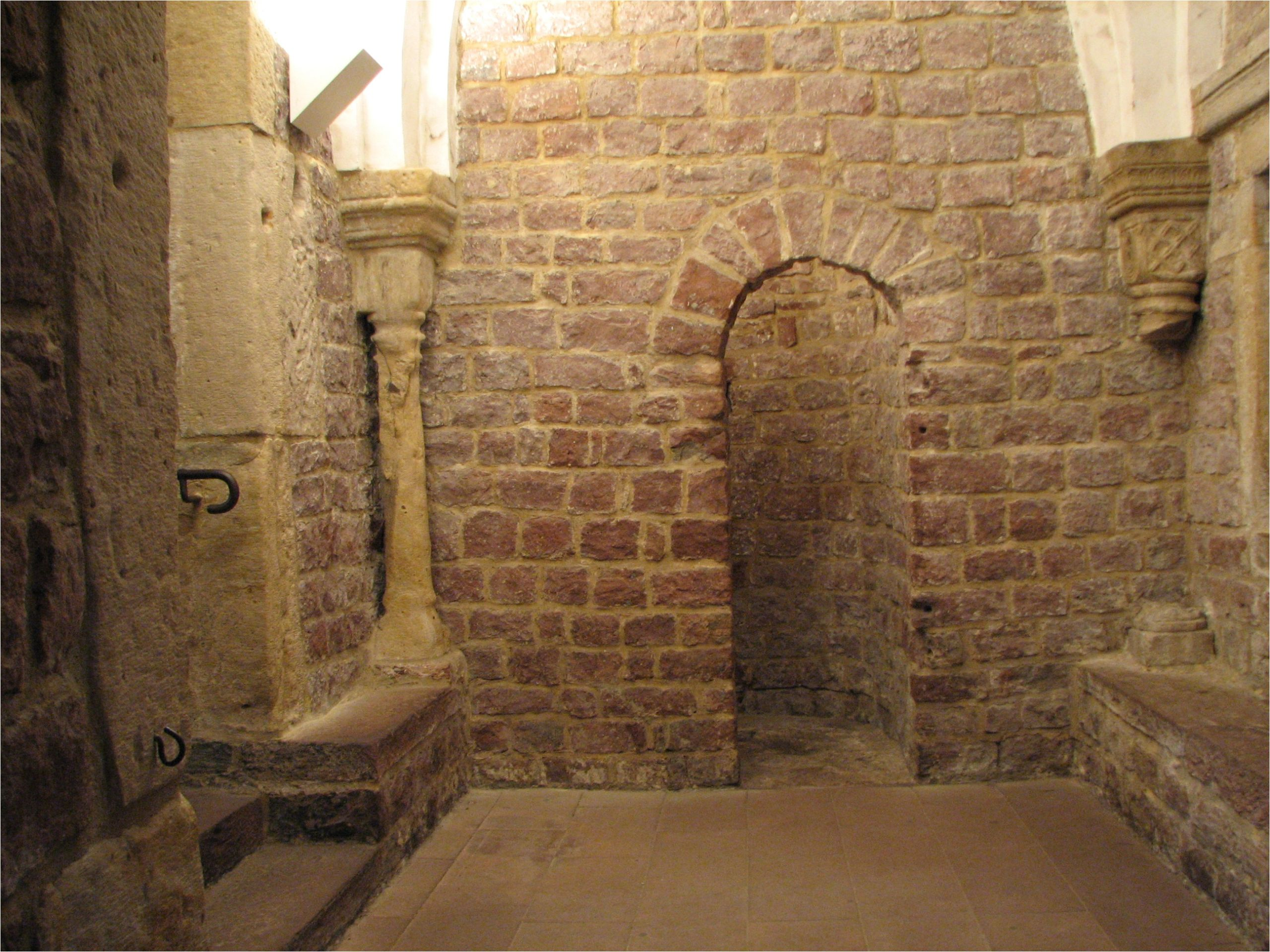 File Judenbad Speyer 4 changing alcove in first room
