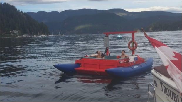hot tub boat sail georgia strait spa guinness book world record 1