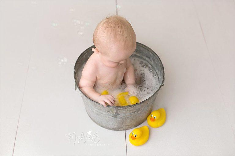 baby boy bubble bath 6 month glendale child photographer