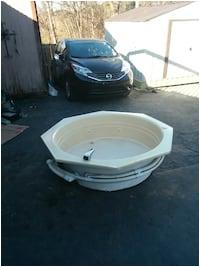 indoor jacuzzi garden tub with working pump cd9dd1a5 9d8b 4c54 bf2b 1fa87a536f86