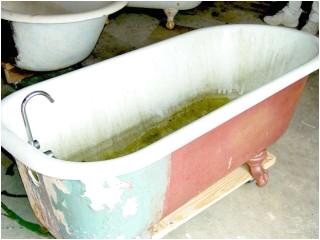 clawfoot bathtub refinishing