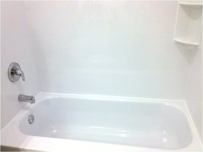 should you refinish bathtub or install tub liner