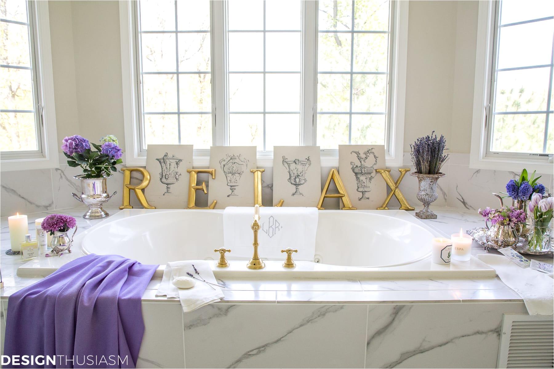 summer refresh bathroom decor