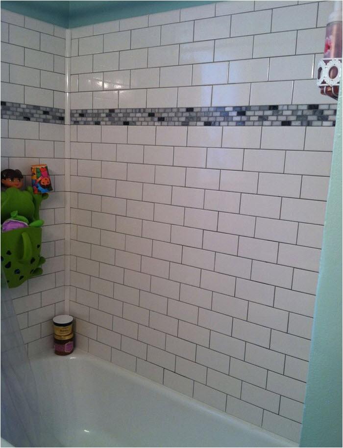 Bathtub Surround Flooring 29 White Subway Tile Tub Surround Ideas and Pictures 2019