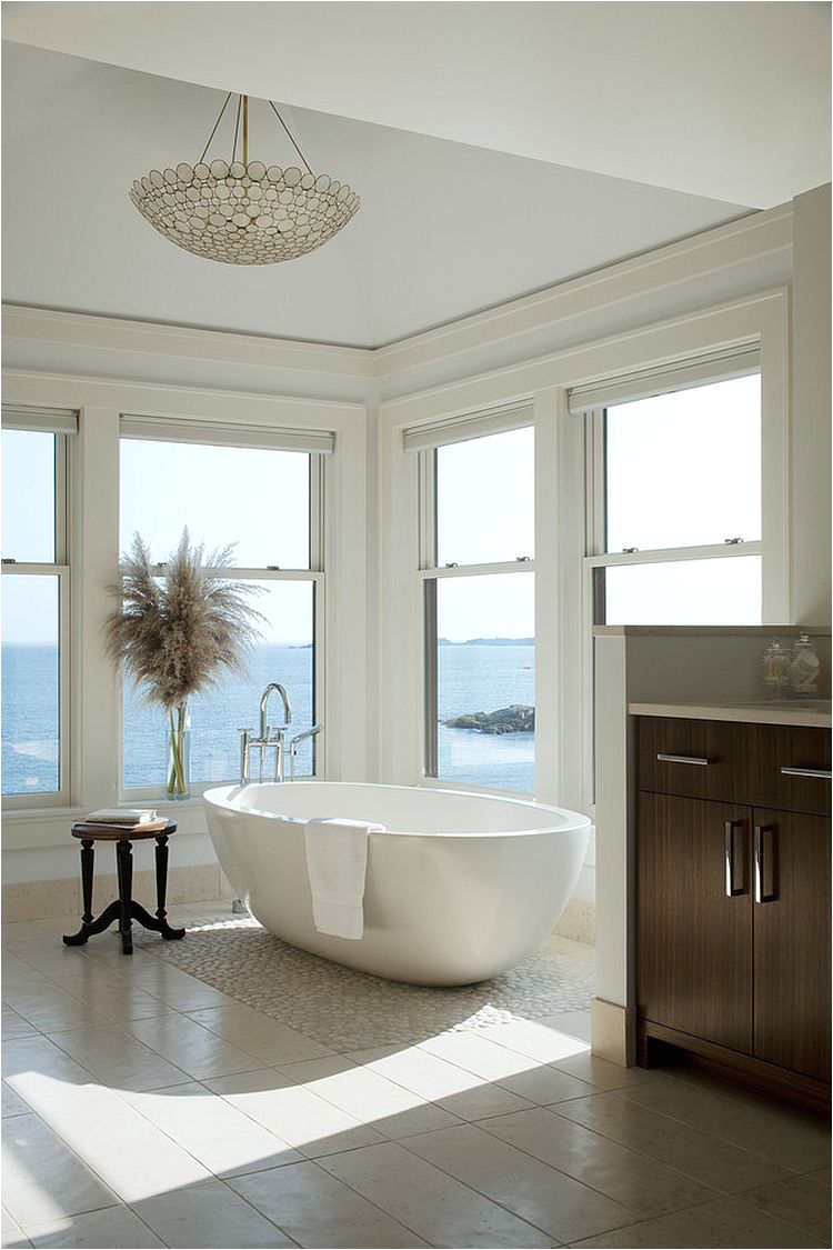 bathrooms with ocean view