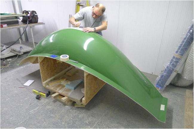 suspended carbon fiber bathtub hammock hybrid