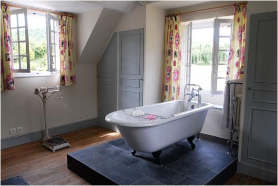 wordsearch clawfoot bathtub for sale denver