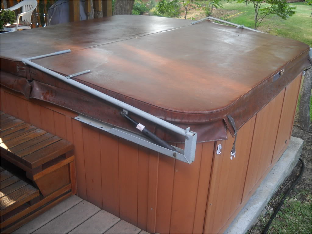Cheap Jacuzzi Bathtubs for Sale Tips for Buying Hot Tub Cover for Sale