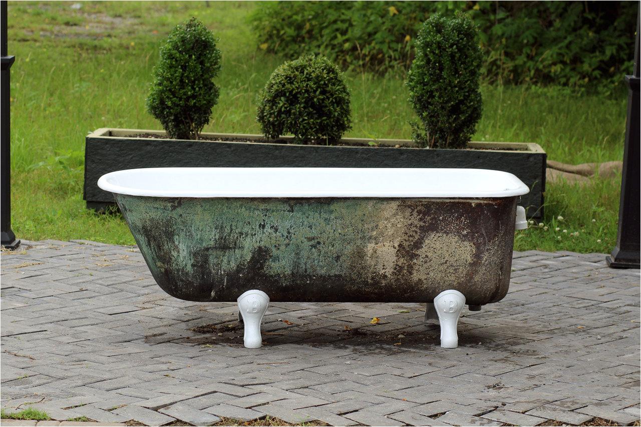 antique refinished 5 clawfoot bathtub ref= 7