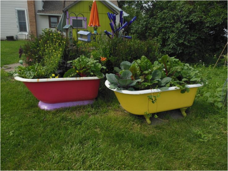 clawfoot tub garden