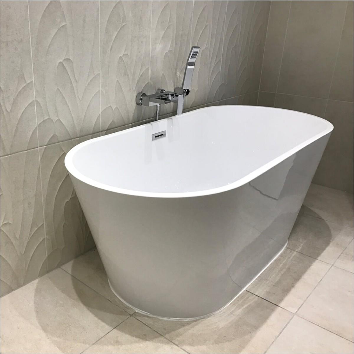 drench sebastian acrylic white freestanding bath 1500 x 700mm