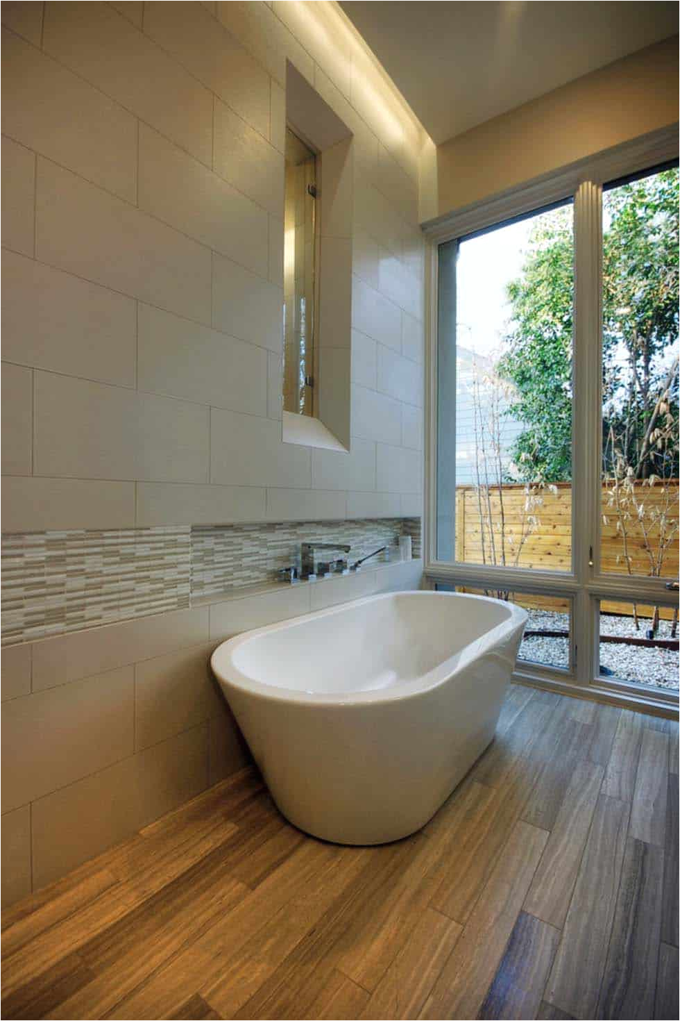 Freestanding Bathtub Wall Faucet 35 Fabulous Freestanding Bathtub Ideas for A Luxurious soak