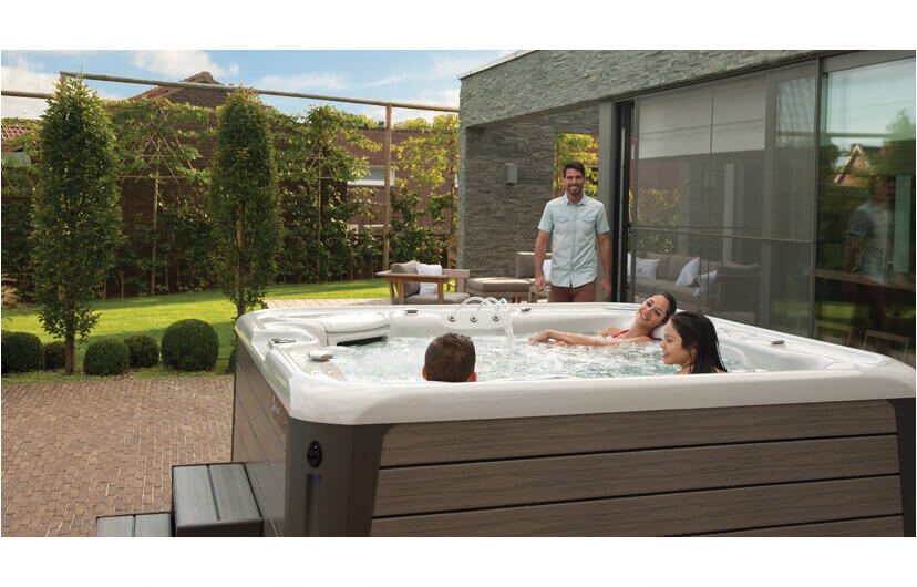 Jacuzzi Bathtub Benefits Hot Tub Benefits Hot Tubs Uk