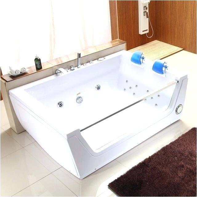 bathtub for two