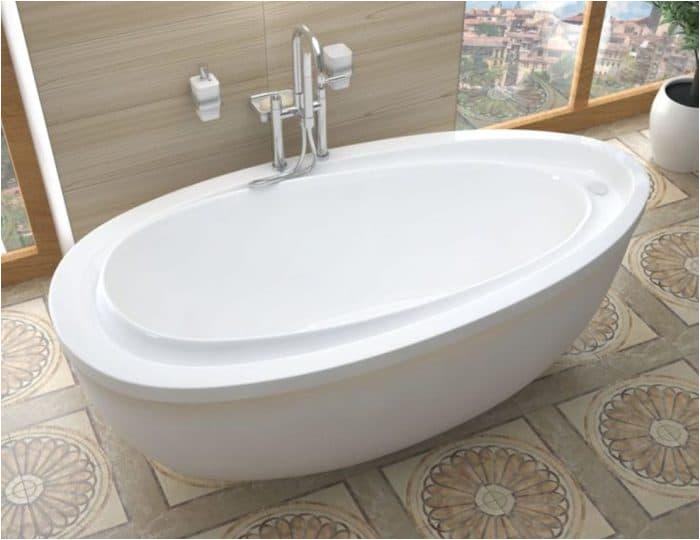 bathroom soaking tub with jets