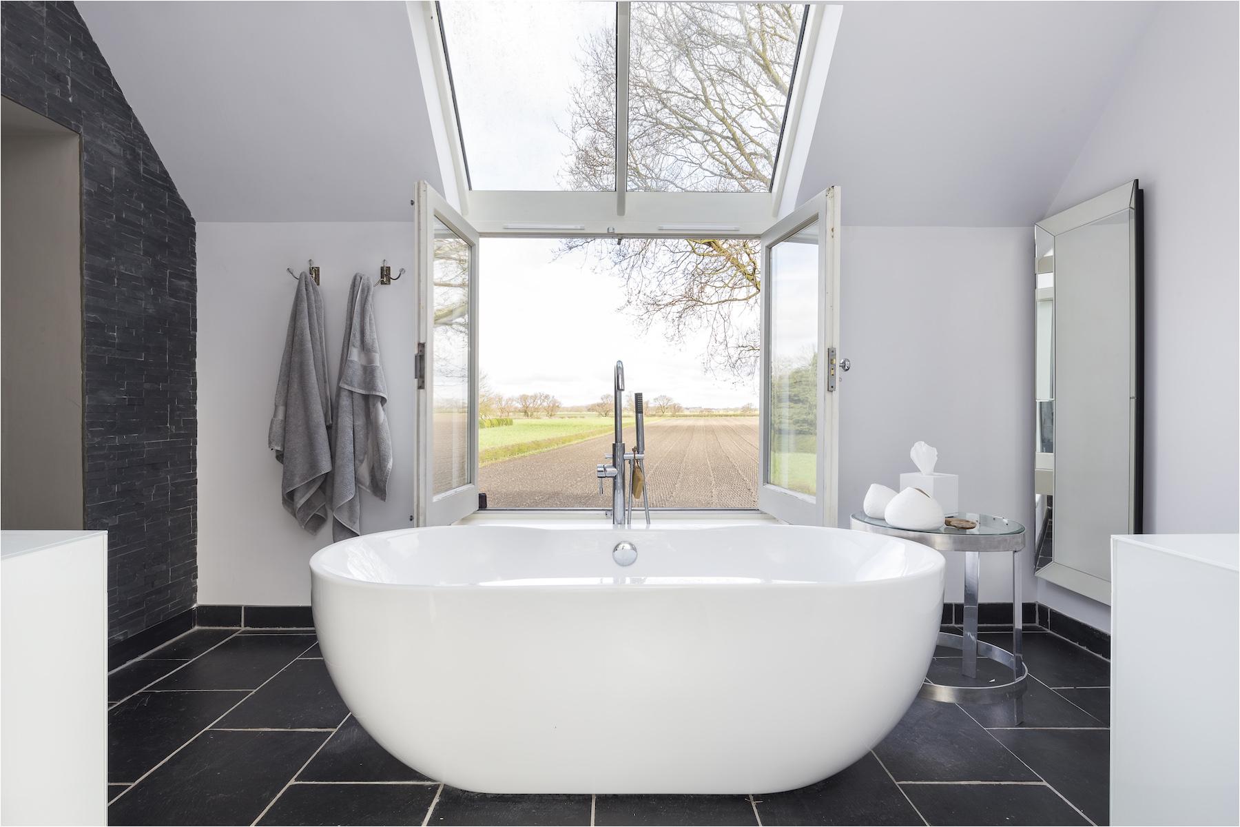 New Bathtub Designs Bathroom Design Trends Making A Surprising Eback In