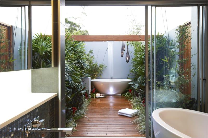 Outdoor Bathtub Design 35 Ideas Outdoor Bathrooms that Go Into the Wild Part