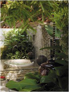 tropical bathrooms