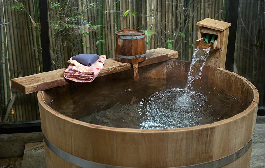Outdoor Bathtub with Jets Japanese soaking Tubs Design Ideas Designing Idea