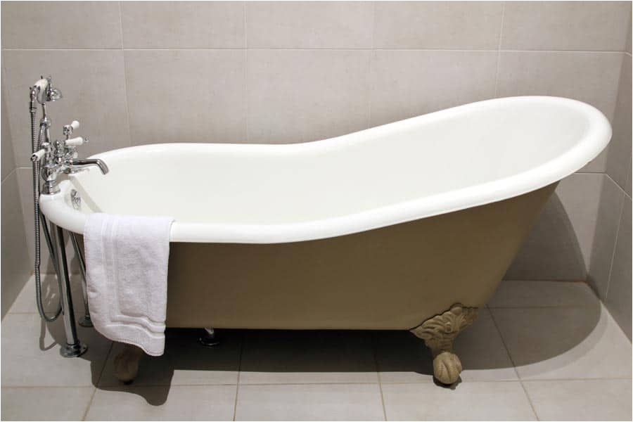 Painting Bathtub Diy How to Paint A Bathtub Yourself A Plete Diy Guide