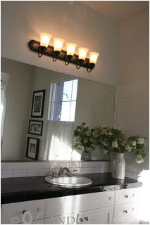spray painting bathroom light fixture