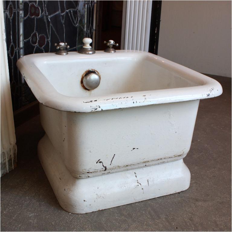 Antique Rare Antique Iron and Porcelain Foot Bath Late 1800s NFB2 RW