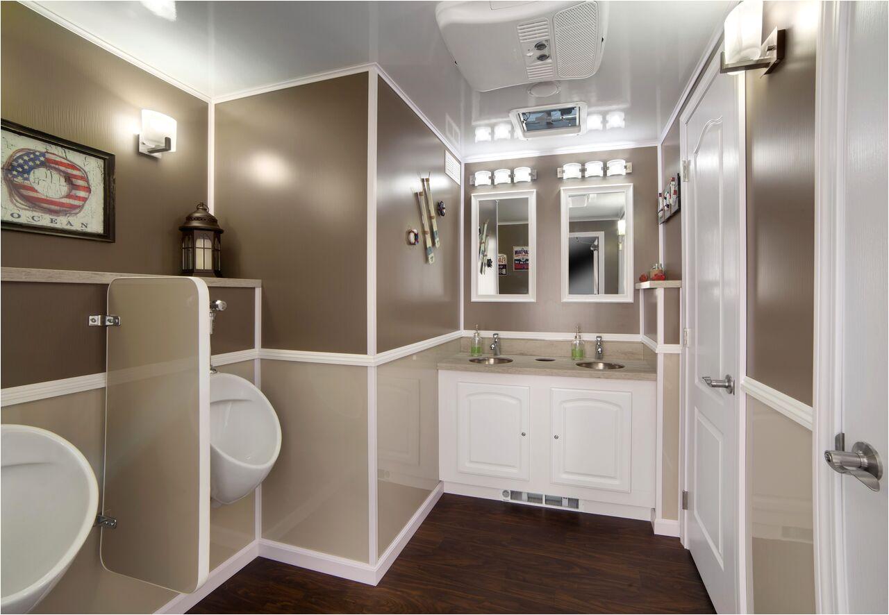 20ft luxury restroom trailer