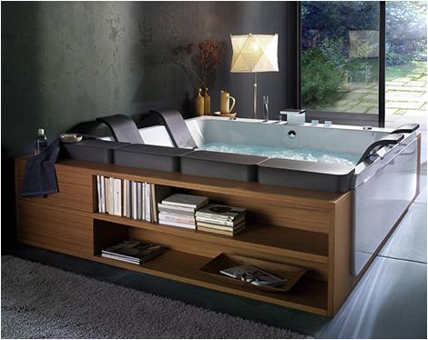 large whirlpool bathtubs whirl