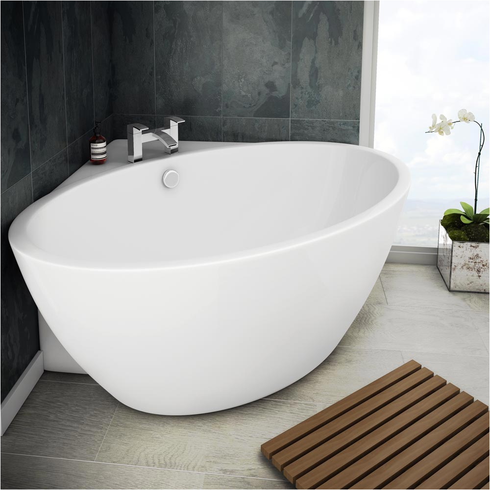 orbit corner modern free standing bath 1270 x 1270mm