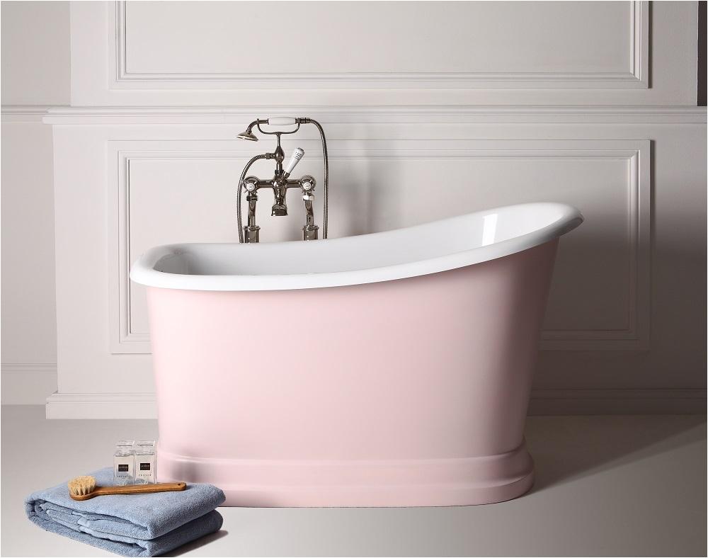 small freestanding bath makes big bathroom splash