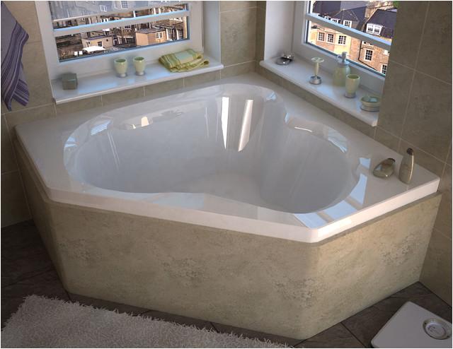 Venzi Tovila 60 x 60 Corner Soaking Bathtub modern bathtubs