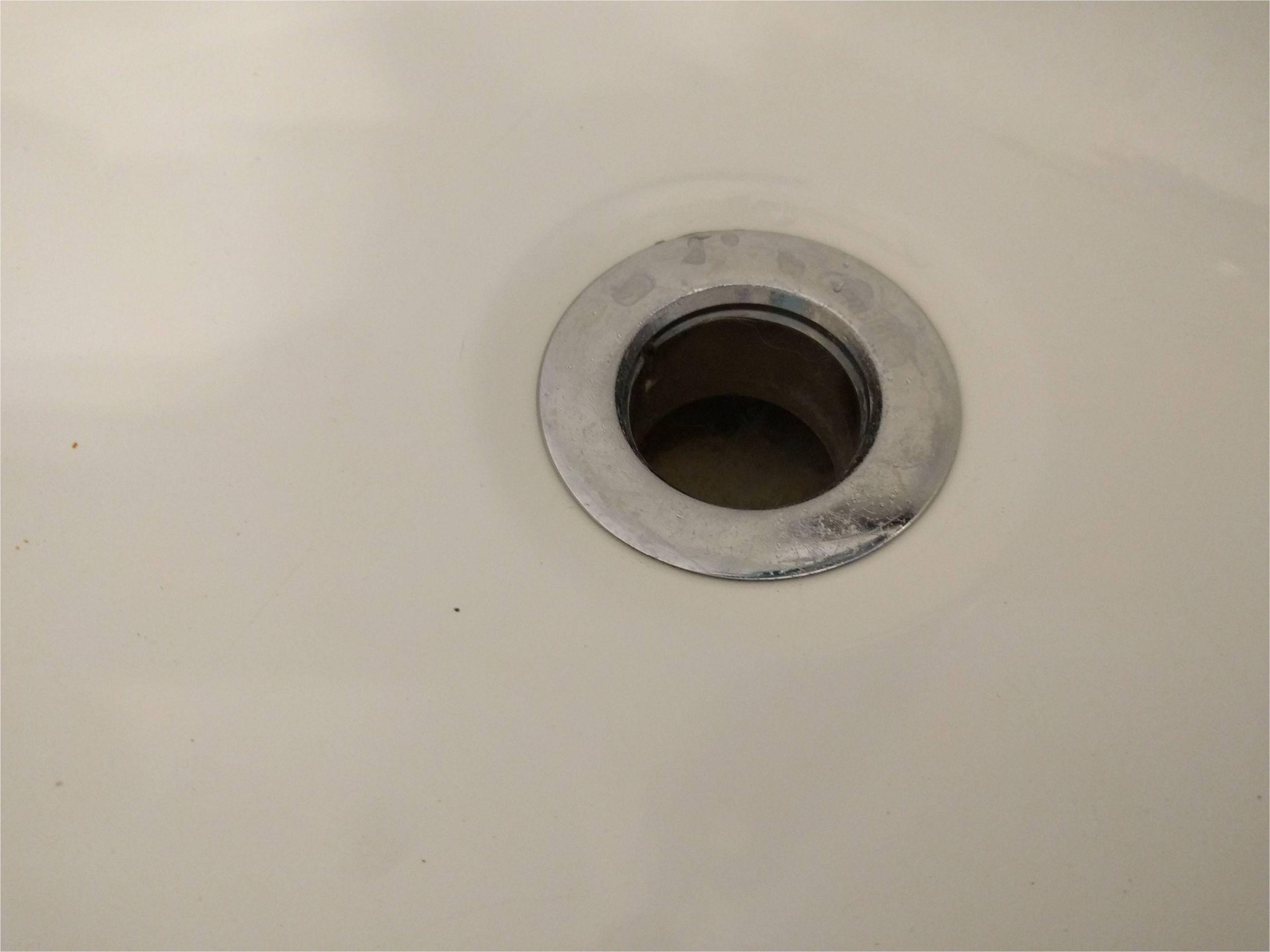 striking tub drain design for modern bathroom decor
