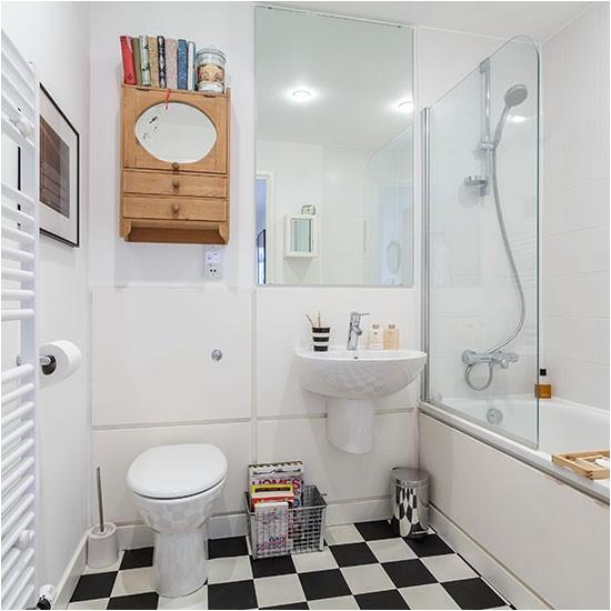 monochrome vintage style bathroom