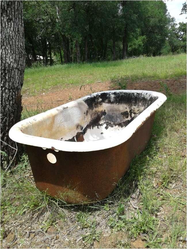 collectibles art old antique cast iron bathtub