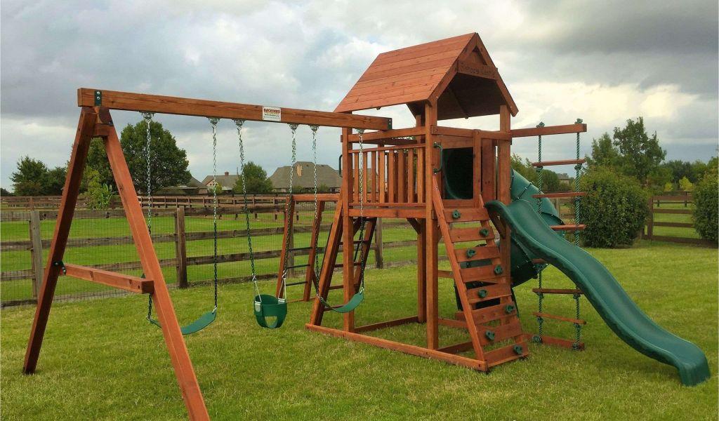 Backyard Discovery Dayton Cedar Wooden Swing Set Backyard Deck With
