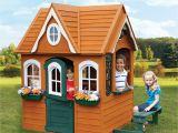 Backyard Playhouse Plans 5 Amazing Playhouse Playset Makeovers Backyard Play areas
