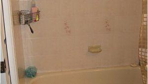 Bathtub Liner Vs Tile Bathtub Liner Vs Replacing the Tub