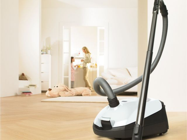 Best Vacuum For Carpet And Wood Floors 2017 Best Canister Vacuum