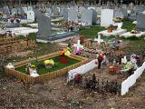 Cemetery Plot Decoration Ideas Cemetery Decoration Ideas Elitflat