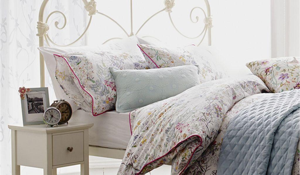Sofa Bed Room Design