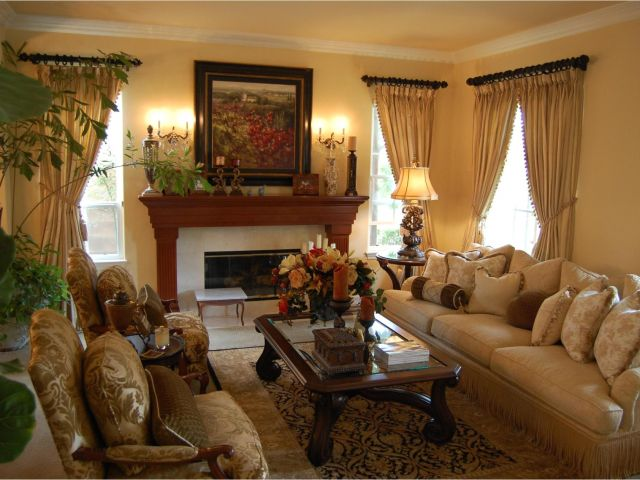 Decor Ideas for Small Spaces Living Room Traditional Decorating